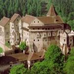 Экскурсия в Феодальный град Пернштейн