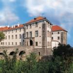 Экскурсия в замок Нелагозевес